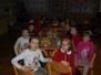 Vánoční nadělování ve škole